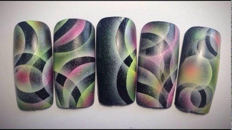 Airbrush - un nou nivel în designul unghiilor